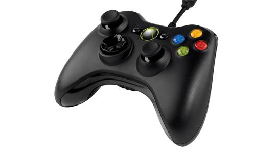 Ovládač z Xbox One aj na Windows, zatiaľ iba s USB káblom